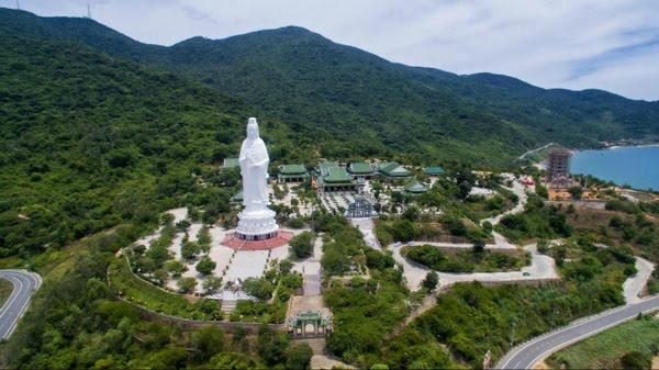chùa Linh Ứng – Bãi Bụt